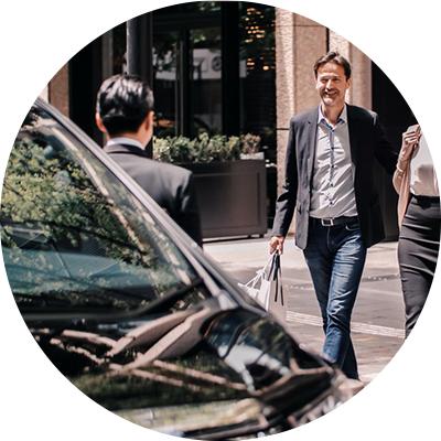 日本 MK 的服務照片:司機等候乘客上車